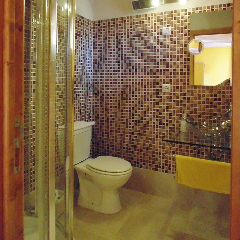 Baño alojamiento en Cuenca